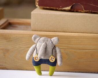 Elephant. Pin.