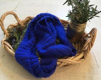 Crochet infinity scarf, infinity scarf, all season scarf, all season crochet infinity scarf, bold infinity scarf