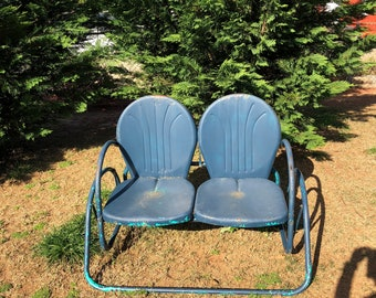 Delicieux Vintage Mid Century Metal Patio Glider Shellback Seats Blue Chippy Paint