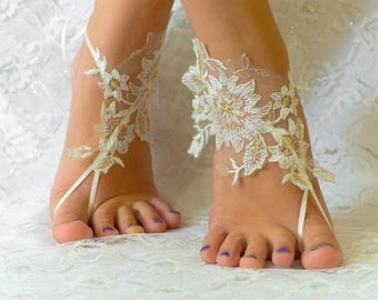 Wedding barefoot sandals, wedding shoes ivory beige, wedding shoes lace, wedding shoes for bride, beach anklets