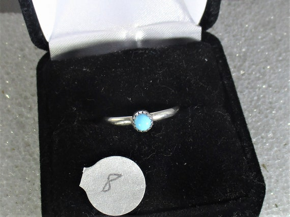 Pretty blue turquoise handmade sterling silver ring size 8