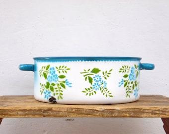 Vintage Enamel Casserole Pan - Enamel Kitchenware - Farmhouse Decor - Cottage Country Chic