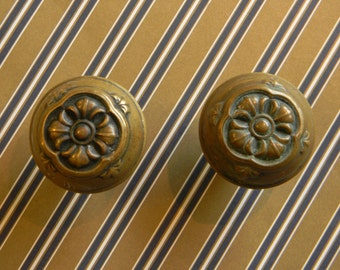 Lovely Victorian Brass Door Knob. Stamped Art Nouveau Pattern.