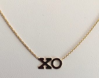Hugs & Kisses dainty necklace, solid 14k
