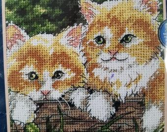 Small Needlepoint Kit Kitten Duo