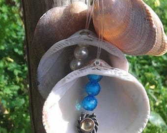 Keychain with shells and beads