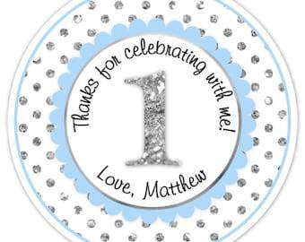 Custom 1er anniversaire étiquettes, 1er anniversaire Stickers - bleu et argent paillettes pois premier anniversaire, personnalisé pour vous