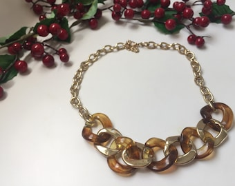 Chain with amber color links