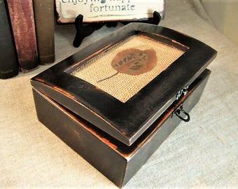Chippy Chic Black/Espresso Keepsake Box / Upcycled Shabby Black Jewelry Trinket Box / Rustic Trinket Box for Storage and Organization