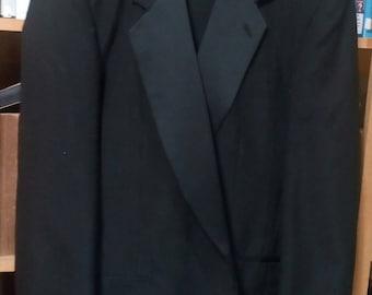 Vintage BNielAllen  Vintage Tuxedo..Excellent condition..Jacket and Slacks..48 long jacket 38/40 slacks