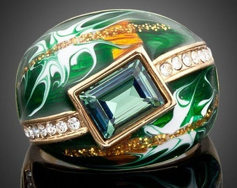 Green Crown Oil Paint Ring