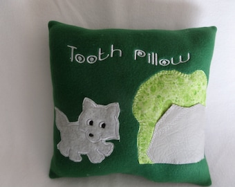 Little woodland animals have a safe place to keep teeth until the tooth fairy comes.