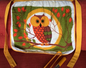 Wonderful Vintage Owl in Tree Apron Modern 60's Retro 70's Terry Cloth Fabric, Cotton, Dish Cloth, Kitchen Towel