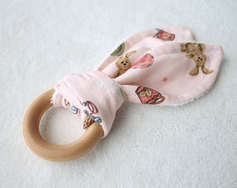 Wood Teething Ring with Bunny Ear Teething Cloth -Pink