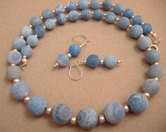 Frozen Ocean - necklace and earrings made of agate and silver