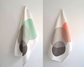Set of tea towels #1: Circles in grey, black, coral and mint