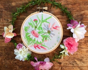 Vintage Flower Bouquet - hand embroidery hoop art