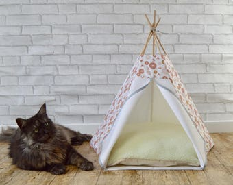 Cat bed, cat teepee, pet furniture, dog teepee, cat accessories, bed for cat avec coussin- white & pink - flower / bird pattern