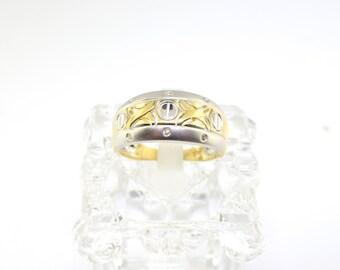 14k Two-Tone Screw Style Diamond Ring. Size 7.25