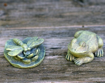 Frog and Lily Pad  Set, Miniature Garden Suppllies