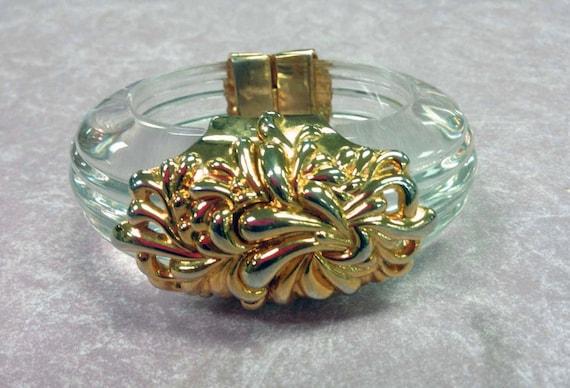 Parklane Lucite Ornately decorated bracelet