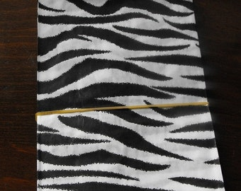 Mothers Day Sale 100 Pack 5 X 7 Inch Black and White Zebra or Tiger Striped Flat Paper Merchandise Bags