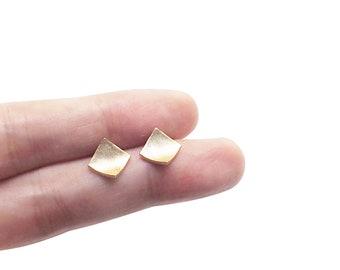 Gold earrings, Square earrings, Simple stud earrings, Minimalist earrings, Wave earrings, Dainty gold studs, Sterling silver stud earrings