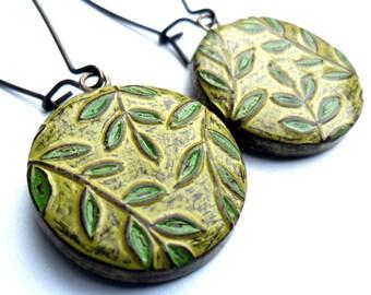 Rustic Green Leaf and Vine Dangle Earrings