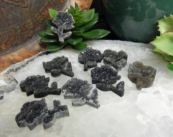 Black Druzy Rose Cabachon - Jewelry Making - Wire Wrapping - Decor - (RK38B24-04)