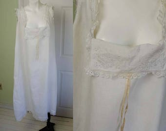 Vintage Edwardian Victorian Woman's Embroidered White Cotton Lace Chemise