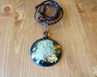 """Pendant """"Moss"""" (real moss in resin)"""