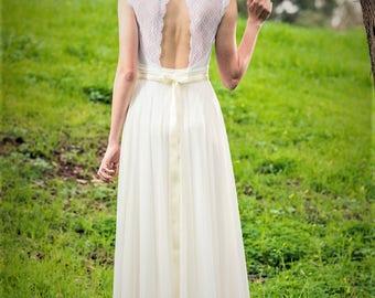 Loren - Boho wedding dress, Romantic wedding dress , backless  wedding dress, beach wedding dress