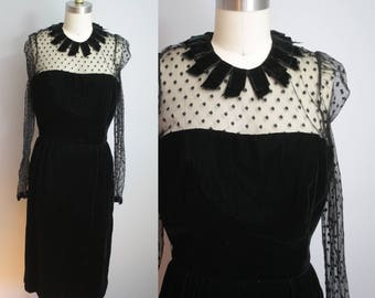 1980s does 1950s Dress // Velvet with Fringe Collar // Small