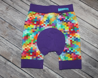 Rainbow squares/purple - Shortiloones Size 1 (6m-3yrs)