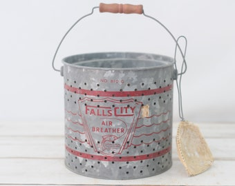 Vintage Falls City Metal Bait Minnow Bucket Air Breather NO 810G With Net