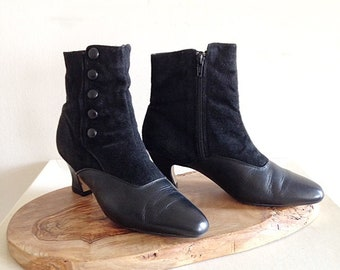 Vintage 1980s Victorian Look Boots Booties Black Suede and Leather Goth Size 7