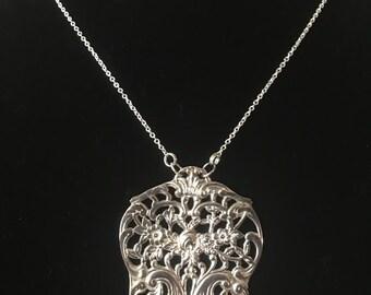 Vintage 1905 silver plate Necklace