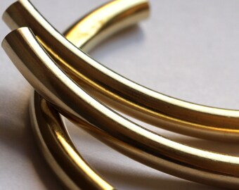 Raw Brass Curved Tube 10 Pcs 7x80mm (hole 6,4mm) 1852