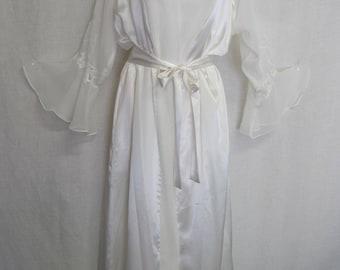White Nightgown Set Oscar de la Renta Nightgown Peignoir 1990s Nightgown White Bridal Nightgown Medium