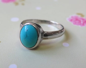 Turquoise Ring, Silver Ring, Statement Ring, Turquoise Jewelry, Birthstone Ring, December Birthstone, Gemstone Ring , Sterling Silver Ring