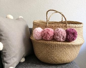Enter your tassels to choose medium basket