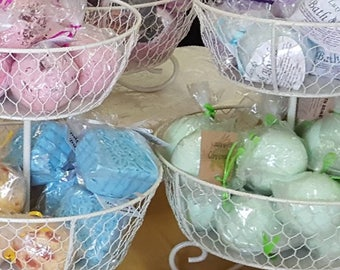 Bulk Bath Bombs by the Dozen!  Luxurious Bath Bomb, Bath Fizzy, Bath Ball, Fizzy Bath Ball, Party favors, By the dozen