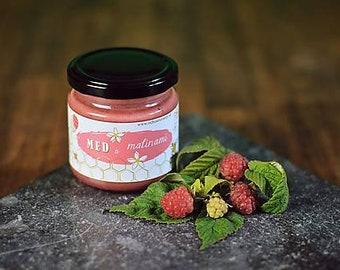 Honey with raspberry