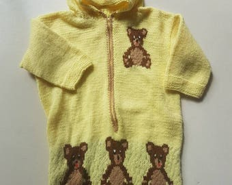 Vintage baby bunting bag. Knitted baby clothing. Retro knits