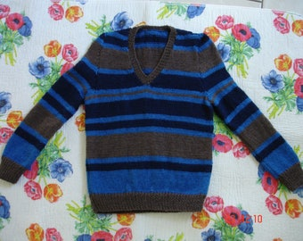 three color dominance blue sweater.