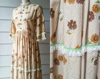 Vintage 1960s Floral Prairie Dress
