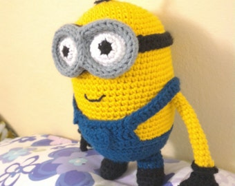 Crochet minion etsy amigurumi crochet minion pattern two eyed despicable me dt1010fo