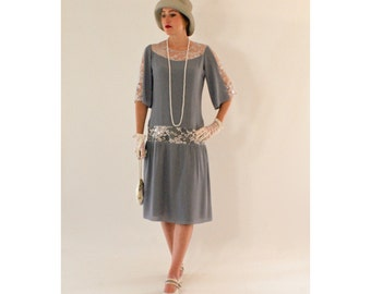 Grey Great Gatsby dress with elbow-length sleeves, 1920s dress, flapper costume, Charleston dress, Roaring 20s fashion, Downton Abbey dress
