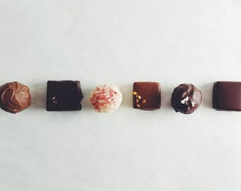 Signature Chocolates Collection: 12-piece
