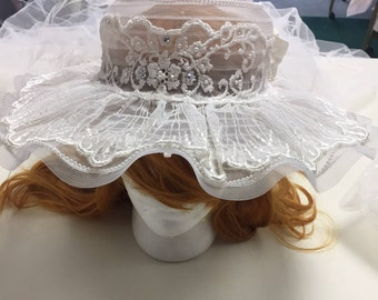 Vintage 1970's Bridal Veil Hat